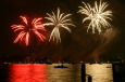 Feuerwerk Zürifest 2010 / Zum Vergrößern auf das Bild klicken