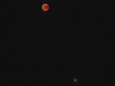 Bruno Hersche / verfinsterter roter Mond mit Mars / Zum Vergrößern auf das Bild klicken